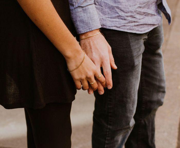 Co buduje bliskość w związku?