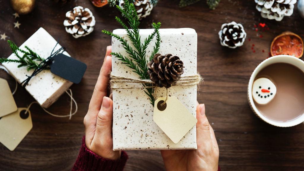 5 prezentów, które zachwycą każdą kobietę