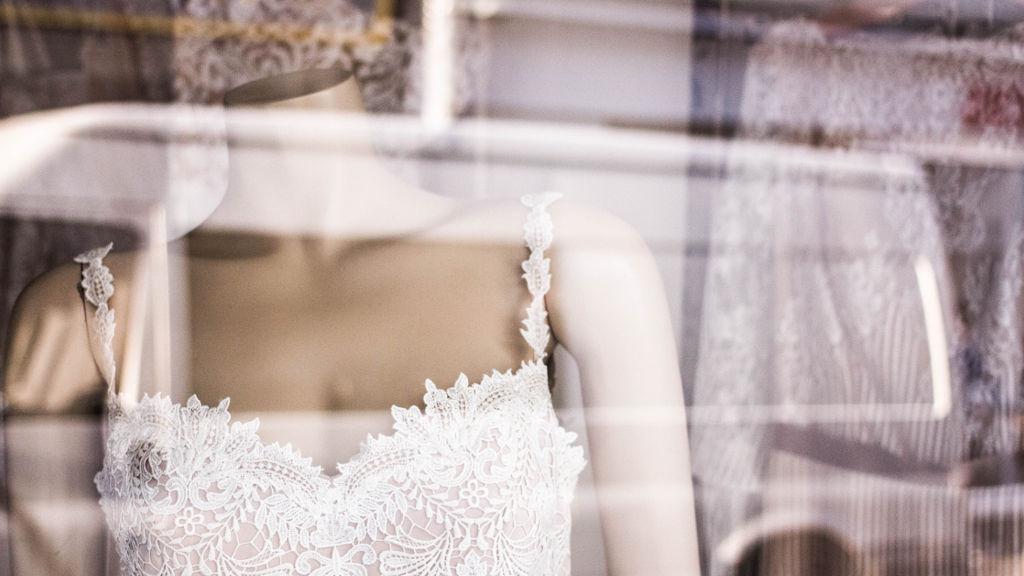 Ile kosztuje suknia ślubna?