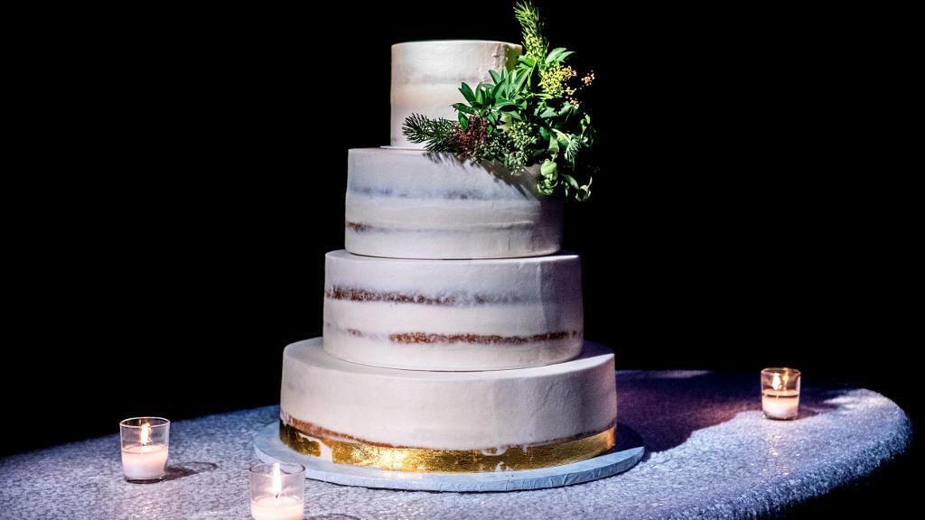 Jak wybrać tort na wesele? Praktyczny poradnik