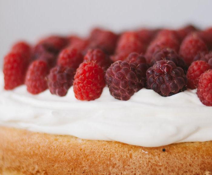 Przepis na puszysty biszkopt do tortu bez proszku do pieczenia!