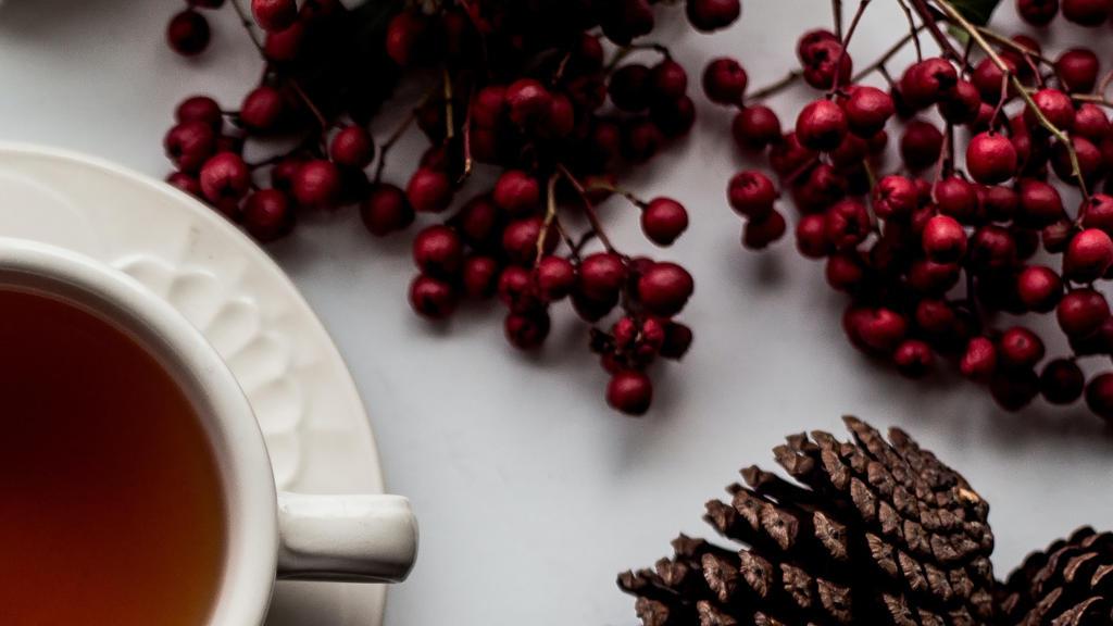 Herbata z whiskey – rozgrzewający napój na przeziębienie